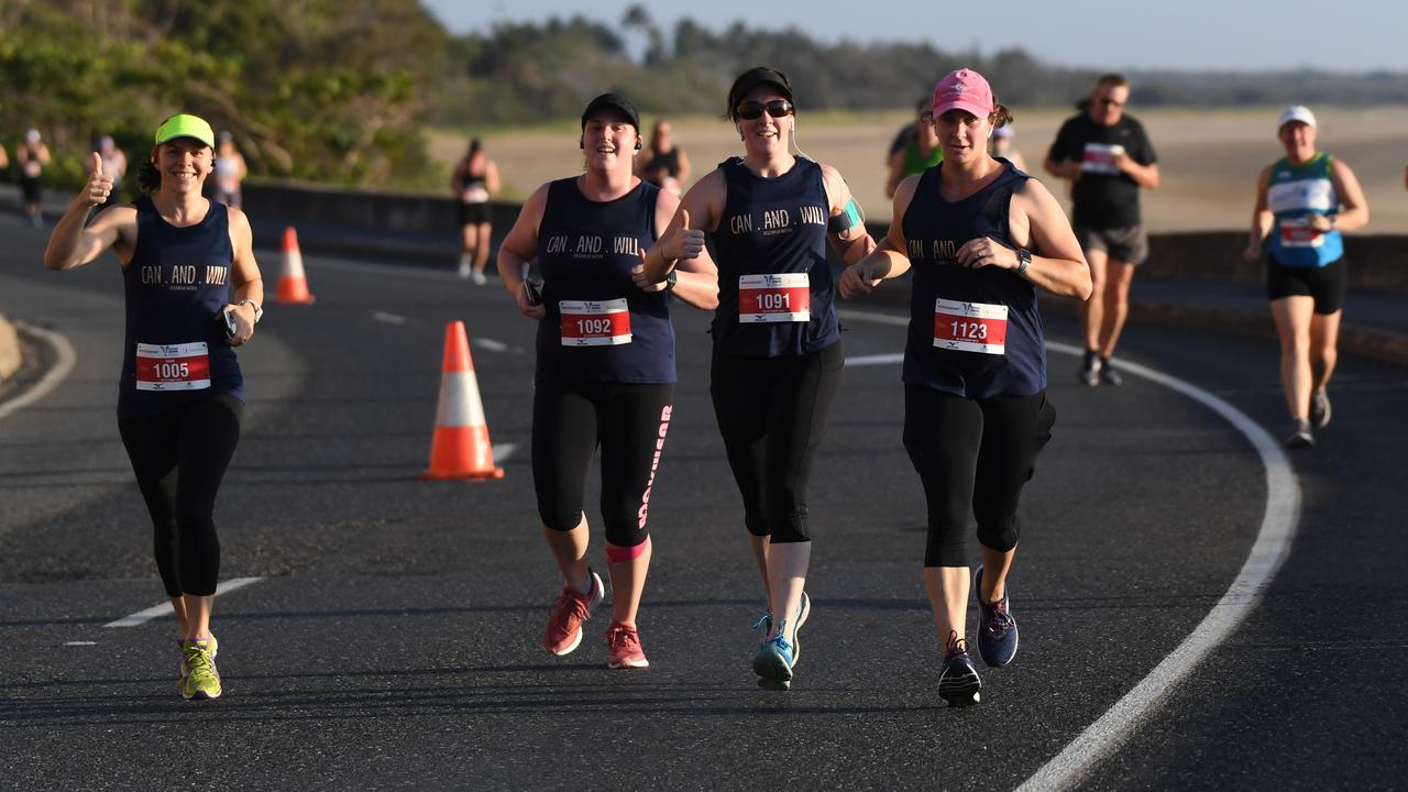 Sam Bailey, Nicole Bosel, Andrea Bielenberg and Catherine Priem in the 10km.