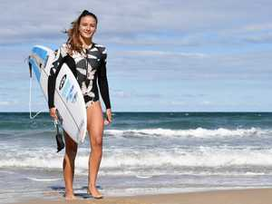 Junior surfer - Holly Williams