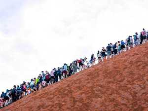 Uluru too hot to climb in limited days remaining