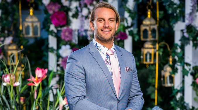 Body language expert's son dishes on 'cagey' bachelorette