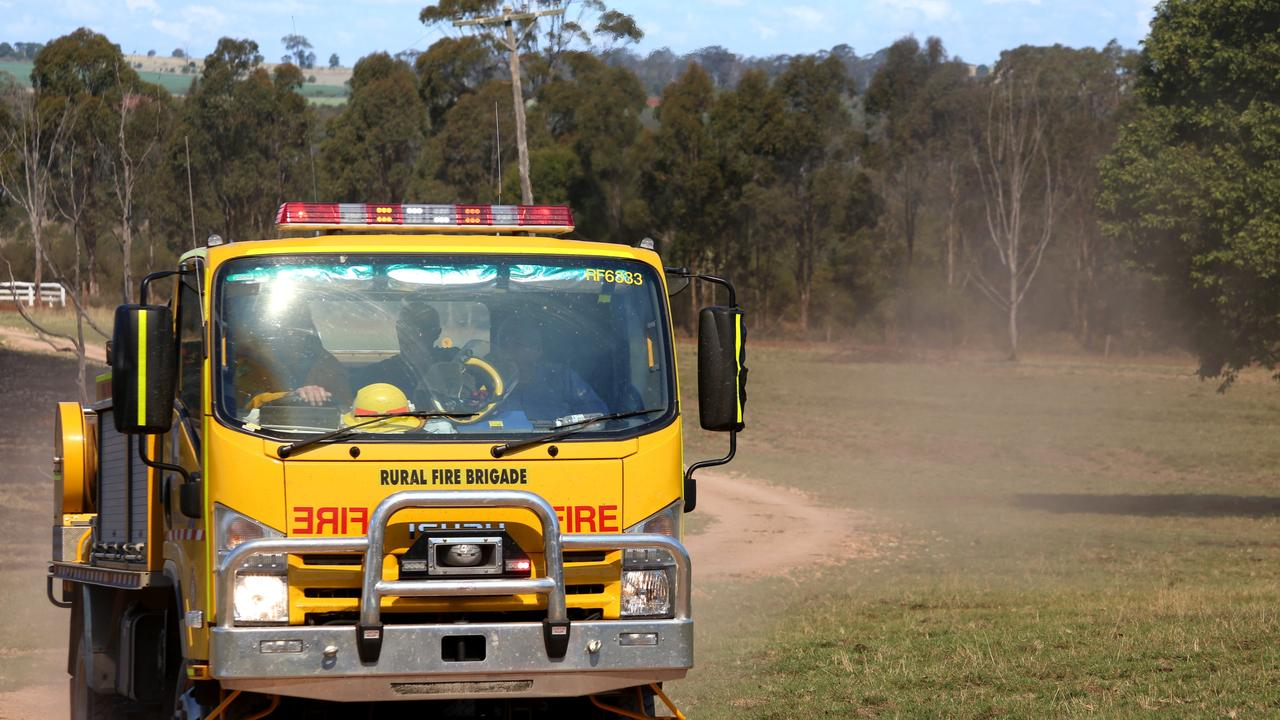 FIRE: A grass fire burning near the Warrego Highway is affecting westbound lanes. Photo: Tessa Mapstone