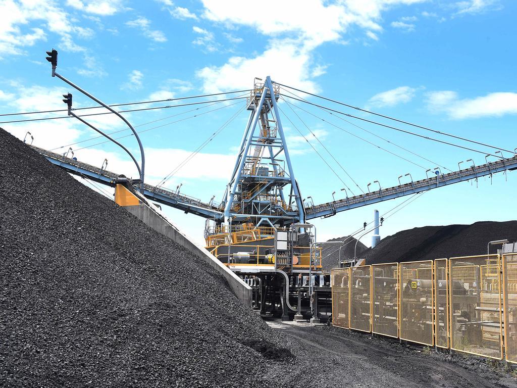 Coal at the Port of Brisbane. Pic: (AAP image, John Gass)