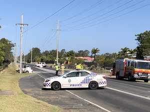 Crash into power pole closes Bay road