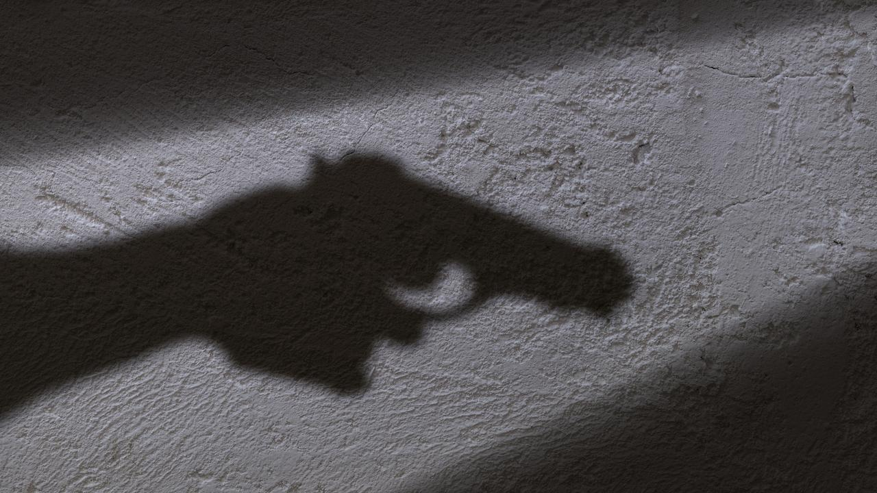 The man had in his hand what looked like handgun.