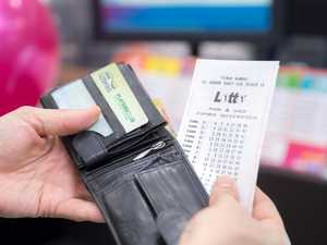 Man plans to 'spoil family' with $100,000 lotto win