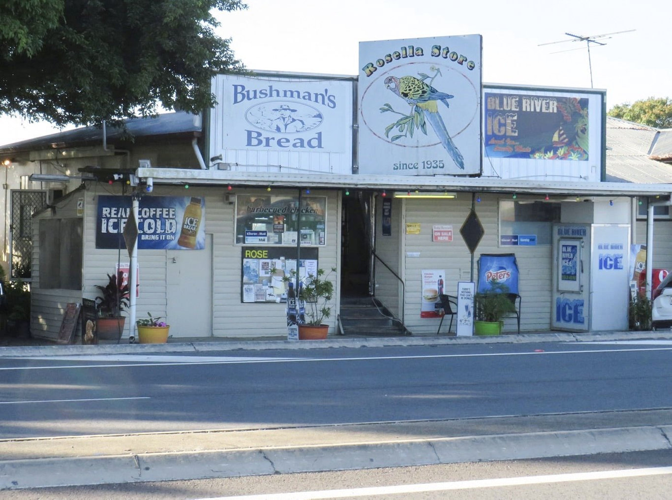 The historic Rosella Store is under threat. But the community is fighting to save the icon.