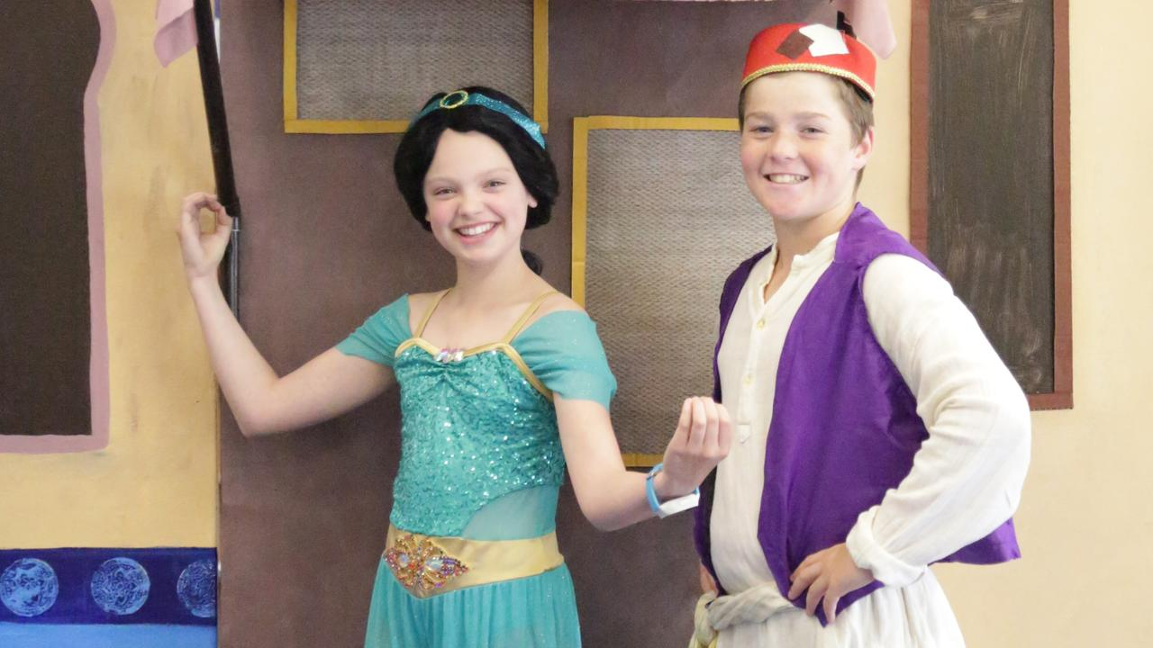 Matthew Flinders Year 6 students Keira Carter and Jackson Koina play the lead roles of Jasmine and Aladdin. Picture: Contributed