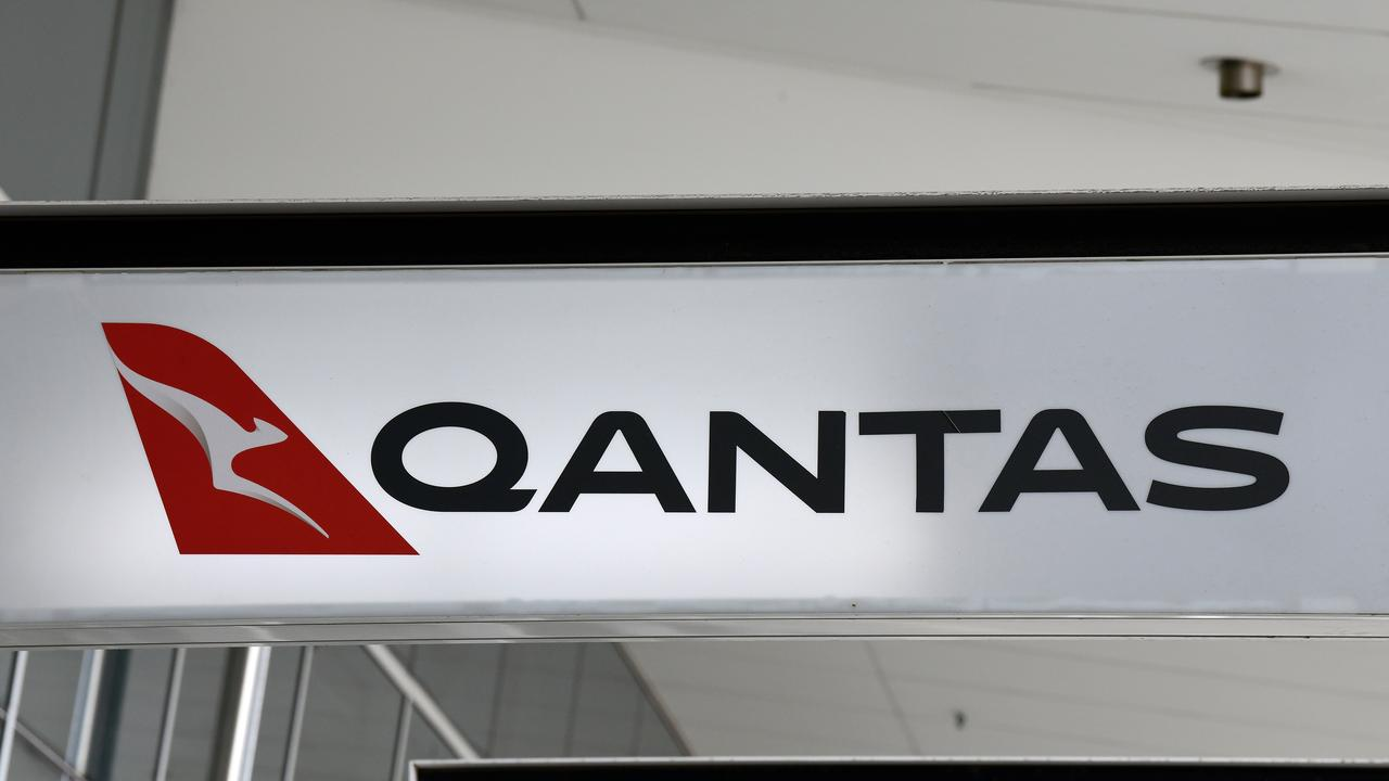 Qantas has made another announcement about how to earn on their Frequent Flyer program. Picture: AAP Image/Bianca De Marchi