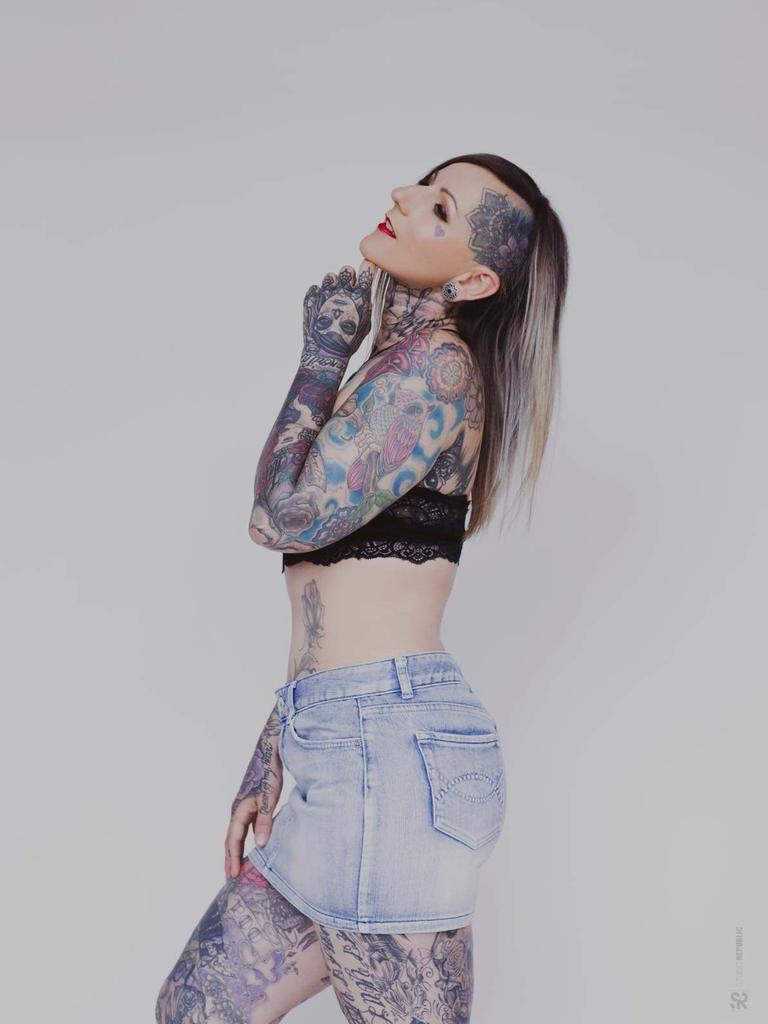 The tattoo artist said her adolescence played a large role in her alcohol dependency and spiralling mental health but has managed to see find the light at the end of the tunnel.