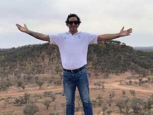 PHOTOS: Jonathan Thurston's outback visit