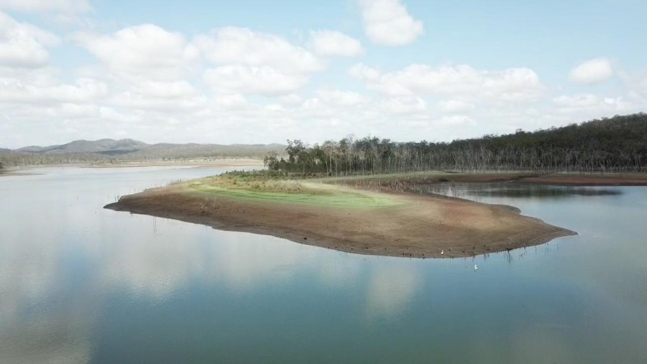 The level of the Paradise Dam has plunged since the Palaszczuk Government started releasing 400 megalitres of water every day from late September due to safety concerns.