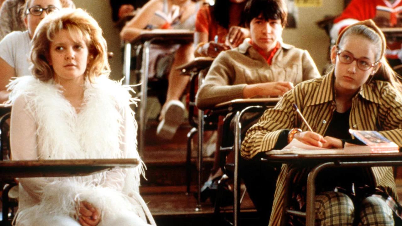 Drew Barrymore with Sobieski in scene from Never Been Kissed.