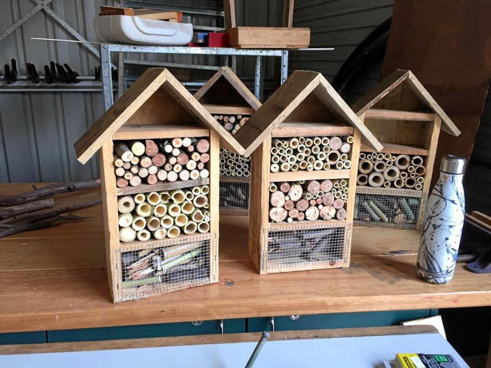 Bonalbo Mens Shed are making bee hotels.