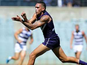 Bennell to train with Demons