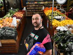 Greengrocer's compassionate offer to potato thief
