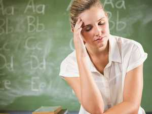 7000 teachers start work bans after wage talks fail