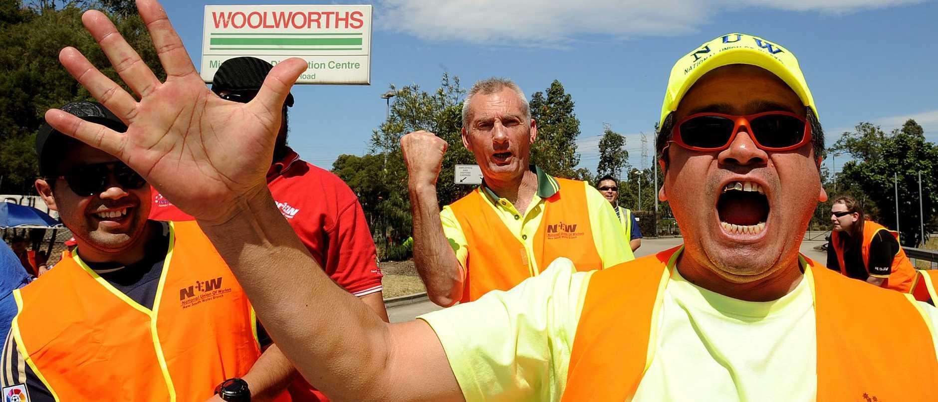 800 Woolworths staff strike