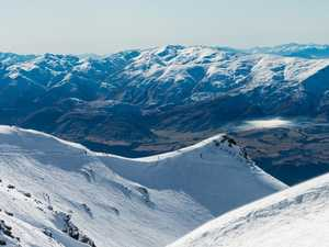 Aussies plunge off NZ mountain