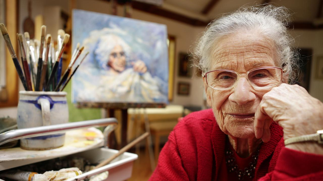 The late Nan Paterson at home in her studio in Maleny in 2013. Picture: Megan Slade.