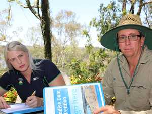 Growers back Mayor's dam petition