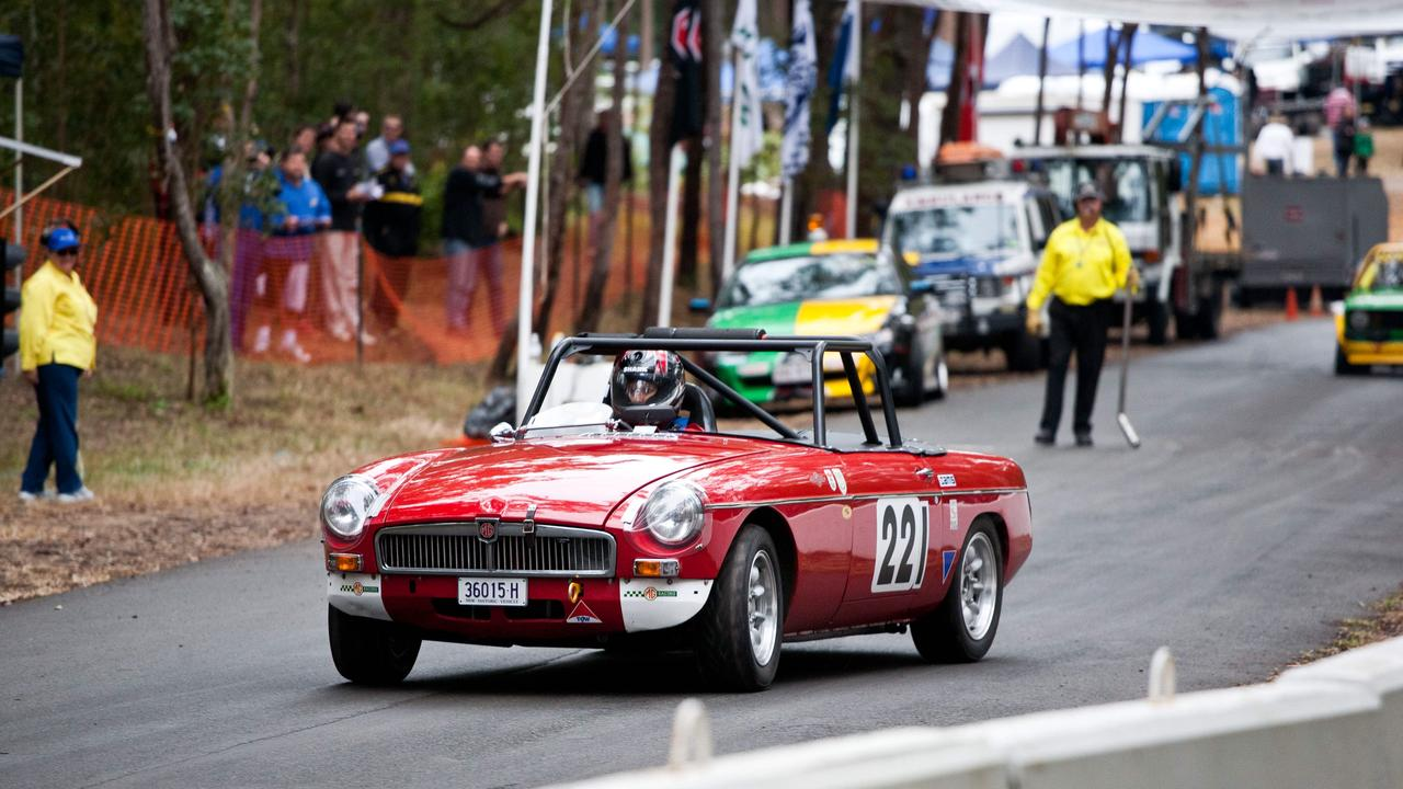 The 2019 Noosa Summer Hill Climb has been cancelled due to bushfires in the area.