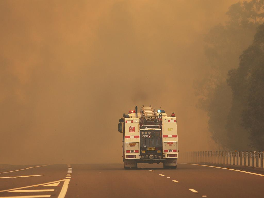 The M1 5km south of Taree. Picture: Peter Lorimer.