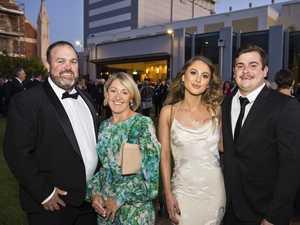 Gala dinner kickstarts hospice project