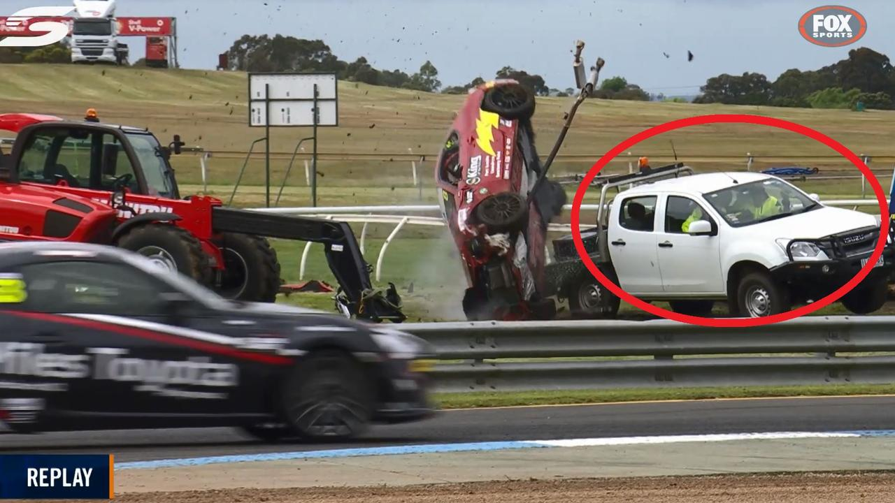 Close call in Toyota 86 Sandown race