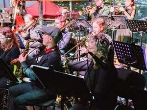 Orchestra brings big-band sound to jazz club event