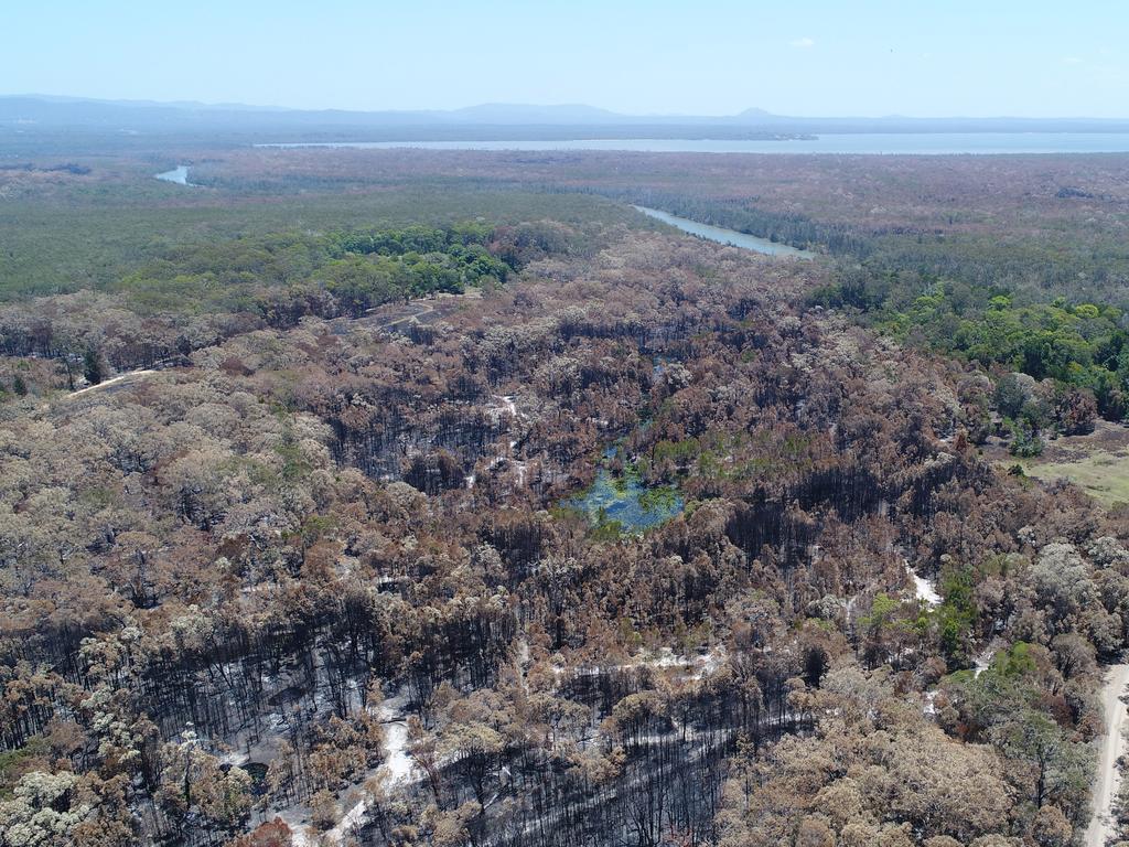 Drone bush fire photos around Lake Cooroibah Road.