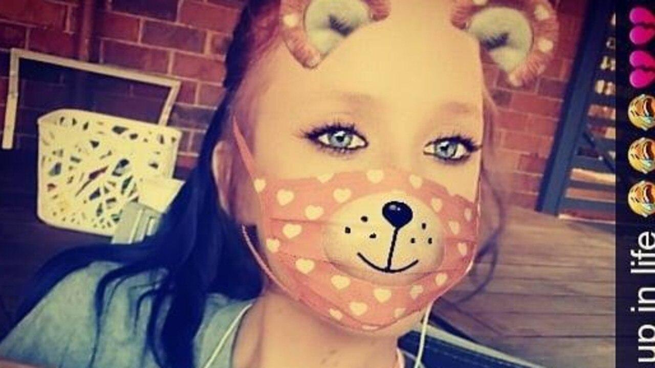 Chloe Gaffey, 19, from Woodridge.