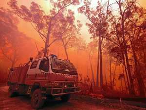 8 homes lost in 'hellish' fire conditions near Tenterfield