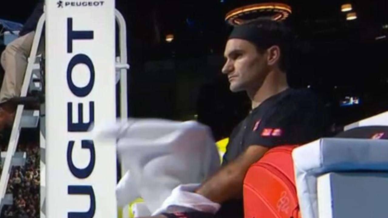 Roger Federer is a heavenly 17-0 in the second round of the ATP Tour Finals.