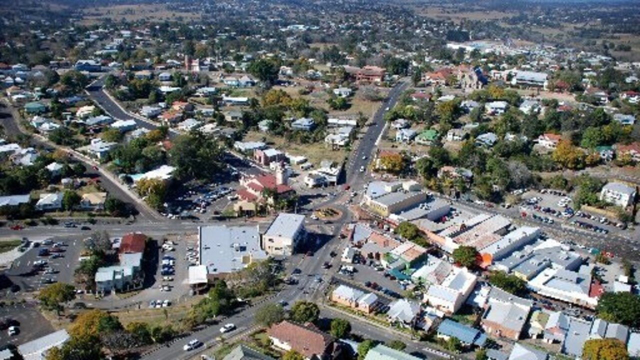 Aerial photograph of Gympie city showing the area around Fiveways at the intersection of Mary, Mellor and Lawrence Sts and Calton and Caledonian Hills.
