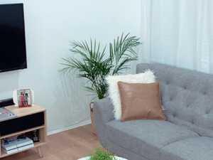 Couple's 'amazing' $1k lounge room