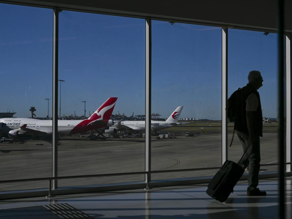 Non stop flights between London and Sydney could be a boom for tourism says Qantas CEO Alan Joyce. Picture: AAP