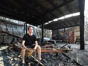 'Hero' loses everything as he helps neighbour in blaze