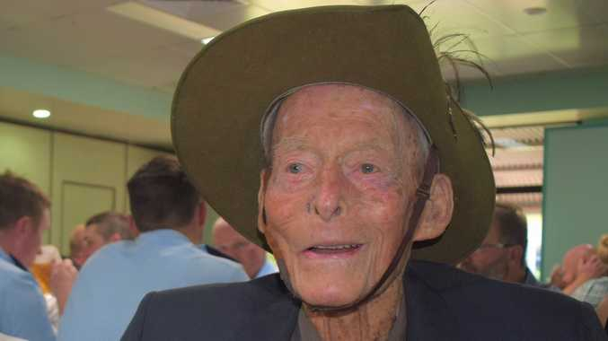 Community farewell last surviving World War II veteran