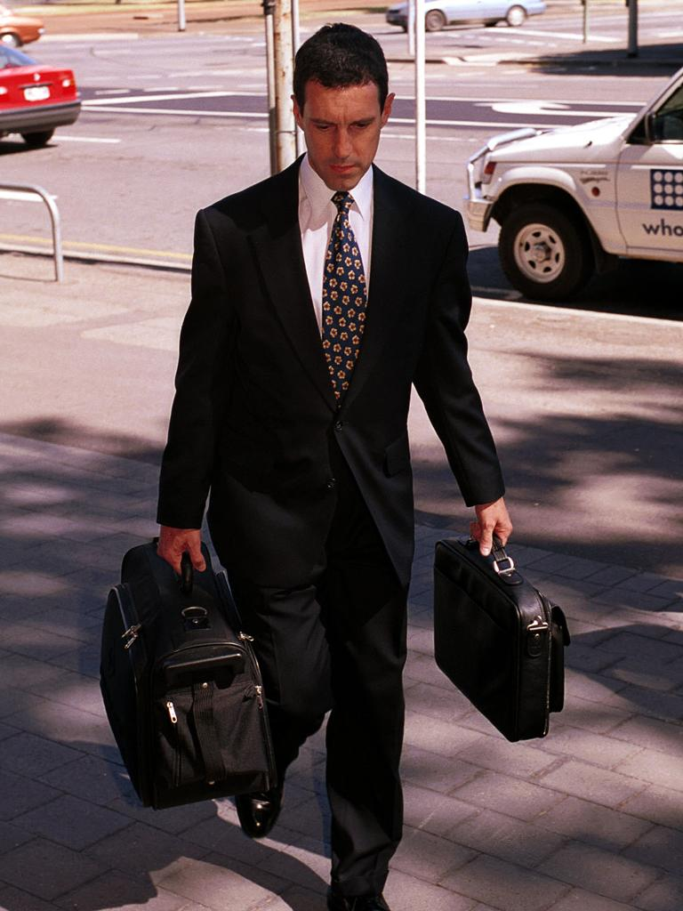 Defence lawyer Mark Griffin outside Adelaide Magistrates Court during Snowtown bodies-in-barrels serial murders case in 2000.