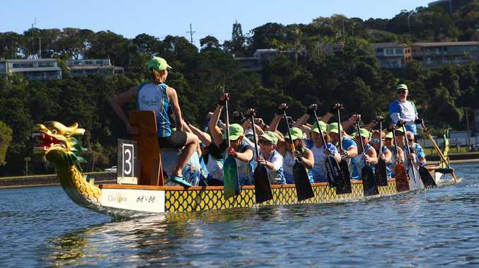 Coffs Coast Dragon Boat Club tackling the mighty Murray