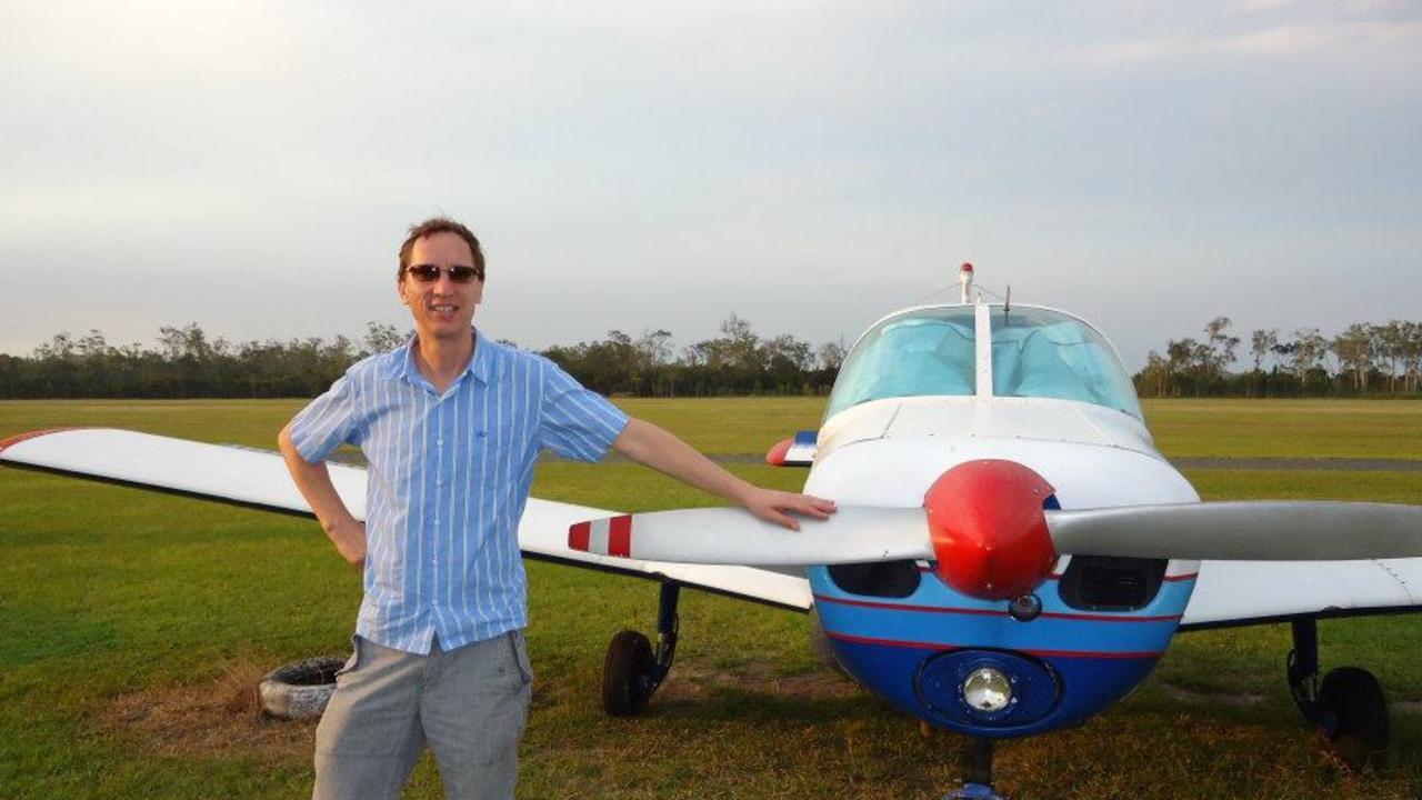 Pilot Eamonn Dubickas has accused Jamie Baker of making false complaints about him to CASA.