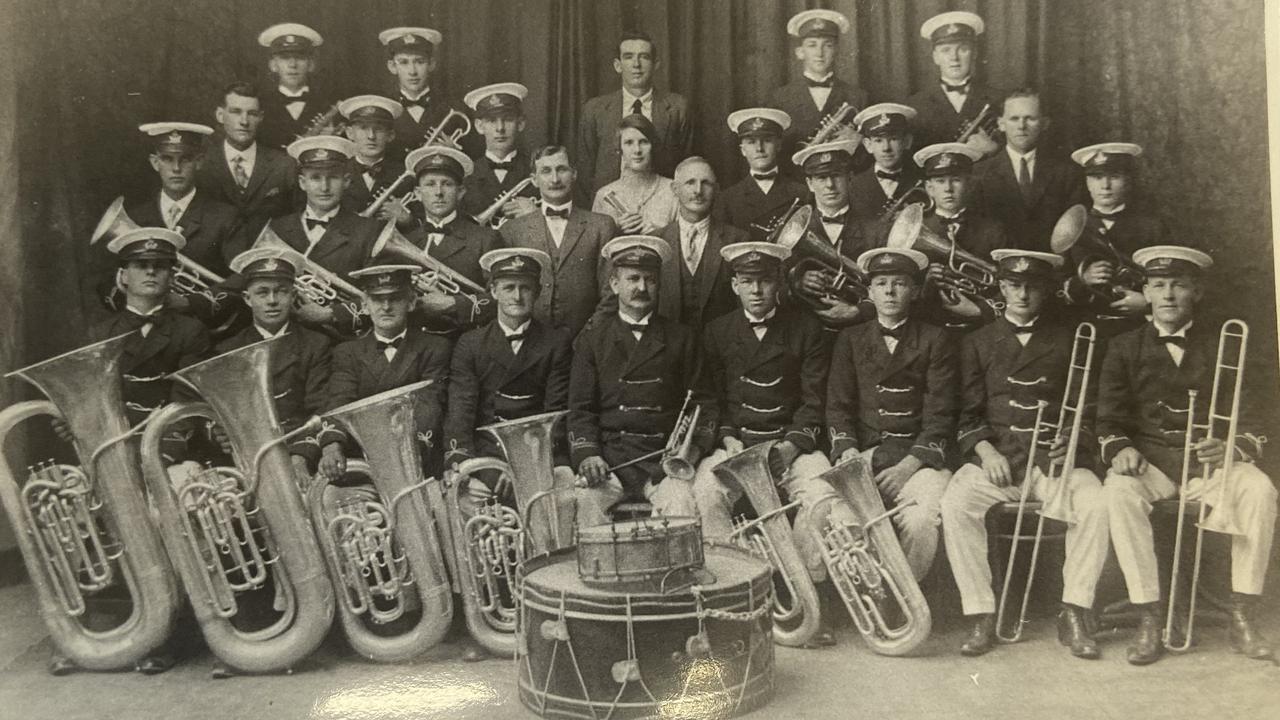 The 1928 Dundowran Brass Band.