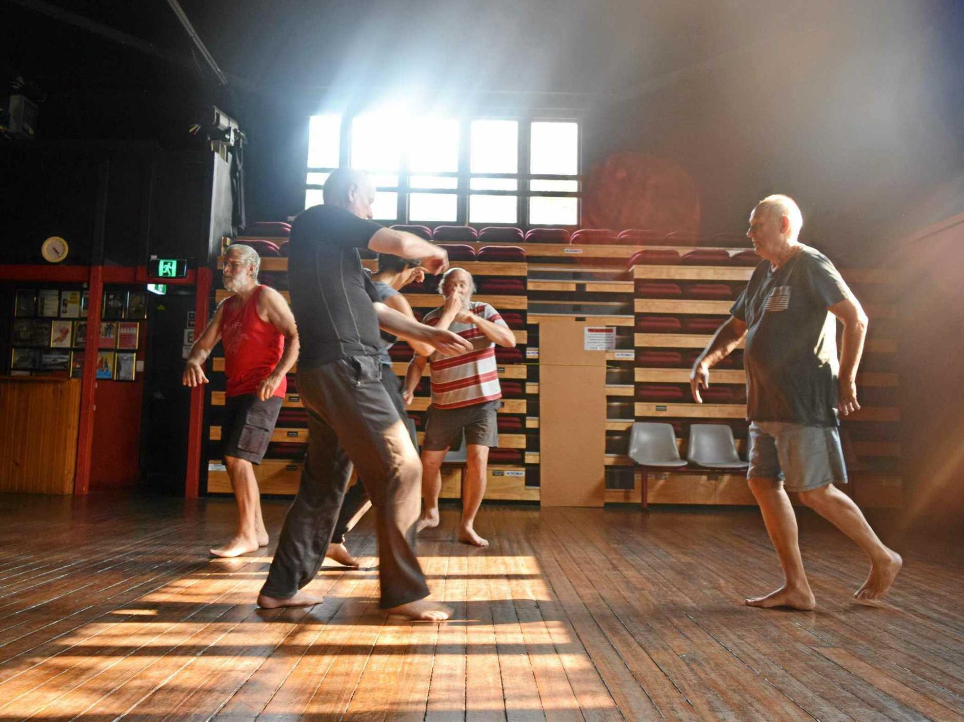 Flash Dance: Join four other team members Michael Borenstein, Alex Benham, Dale Emerson, Shel Kronich, John Allen, Ken Golding, Mike Russo, Barry and Kimberley McIntyre.