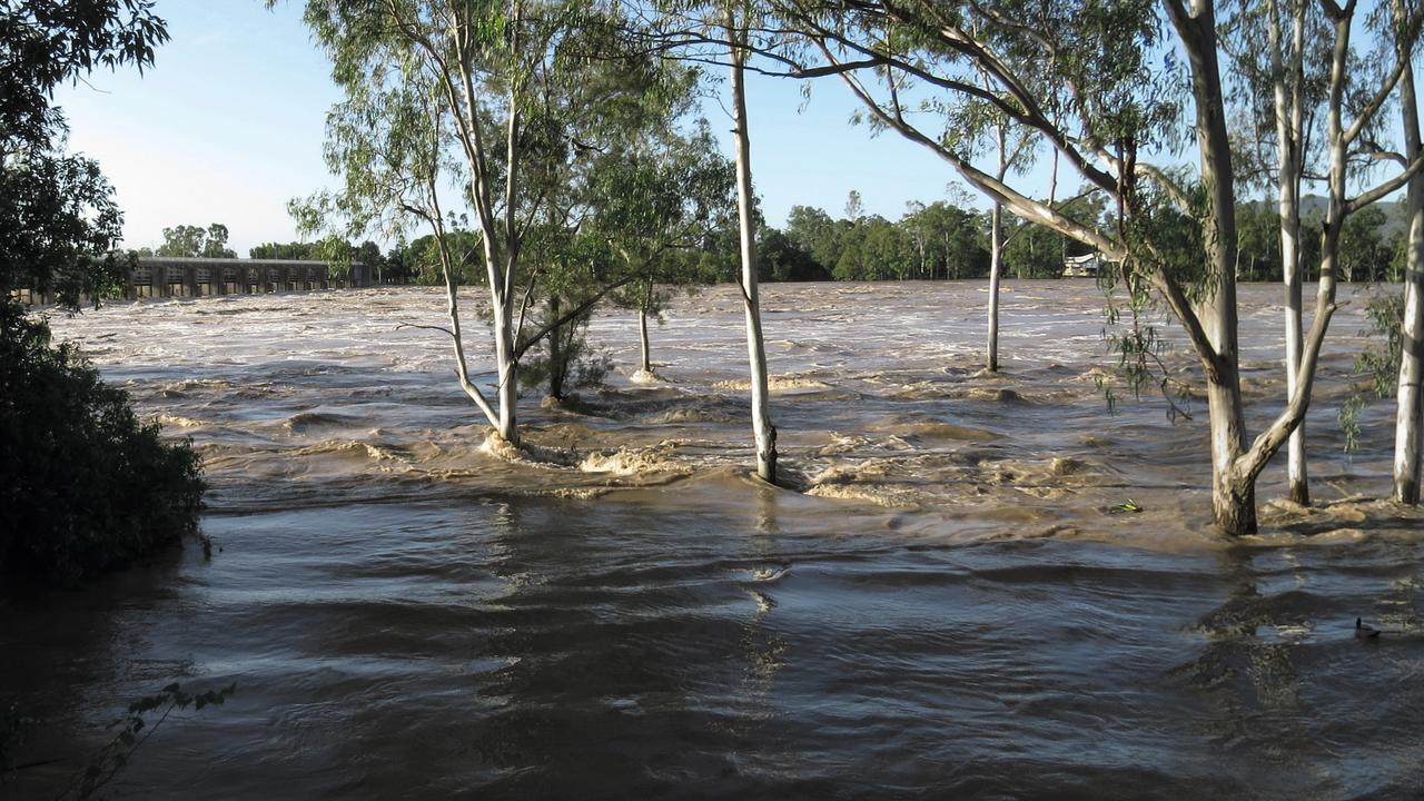 Rockhampton flooding picture supplied by Sh*t Towns of Austrlia.
