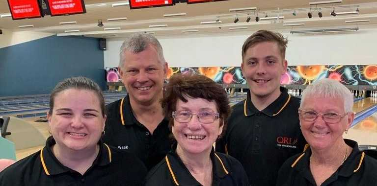 Gladstone crew bowls opposition over - Observer