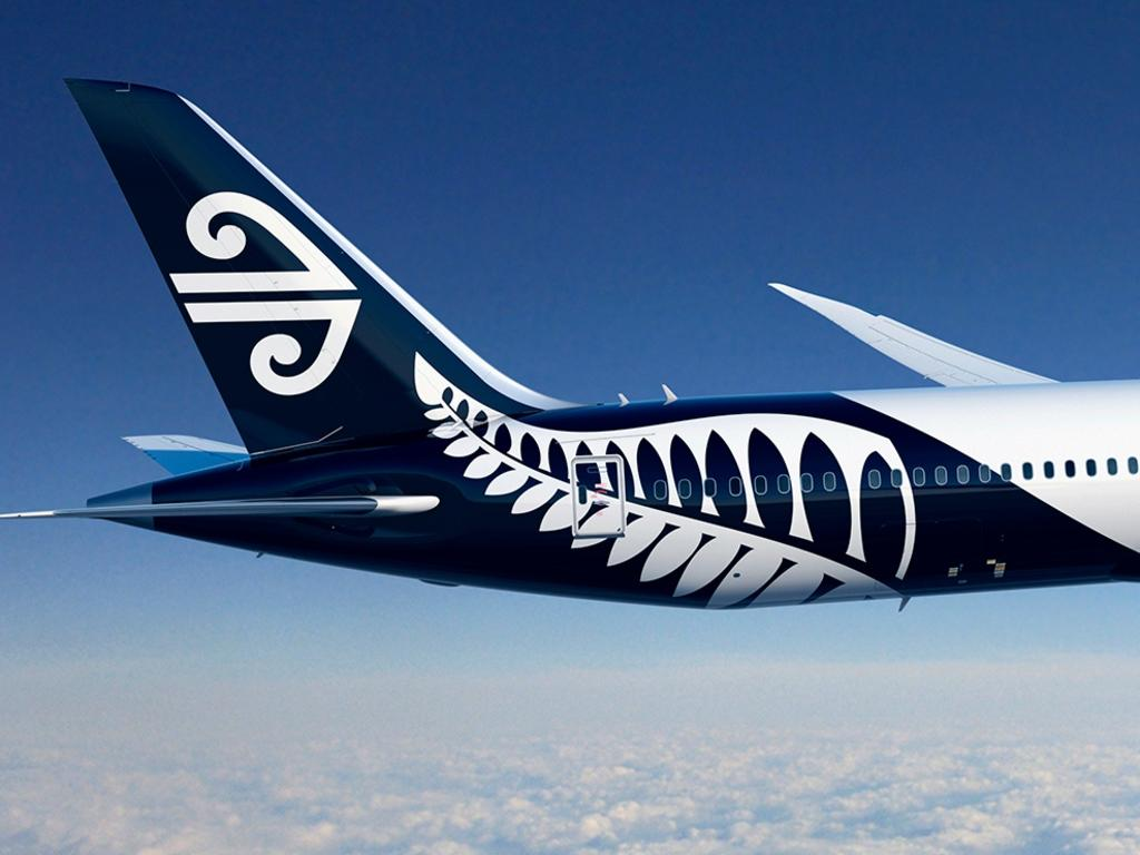 Christmas chaos looms for thousands of Air New Zealand customers who will be affected by ongoing Rolls-Royce engine checks on the airline's planes.