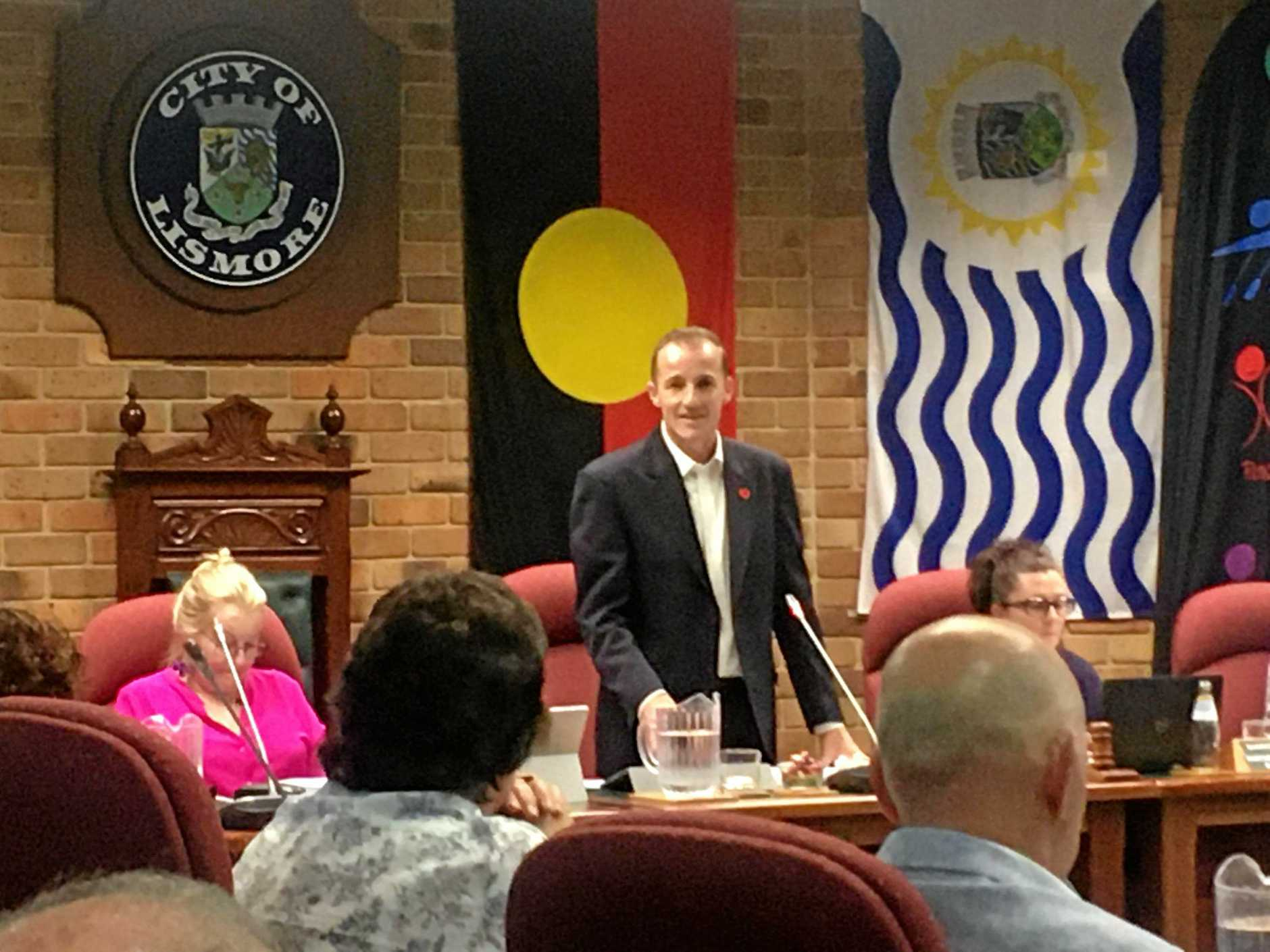 Mayor Isaac Smith addresses Lismore City Council about increasing rates.