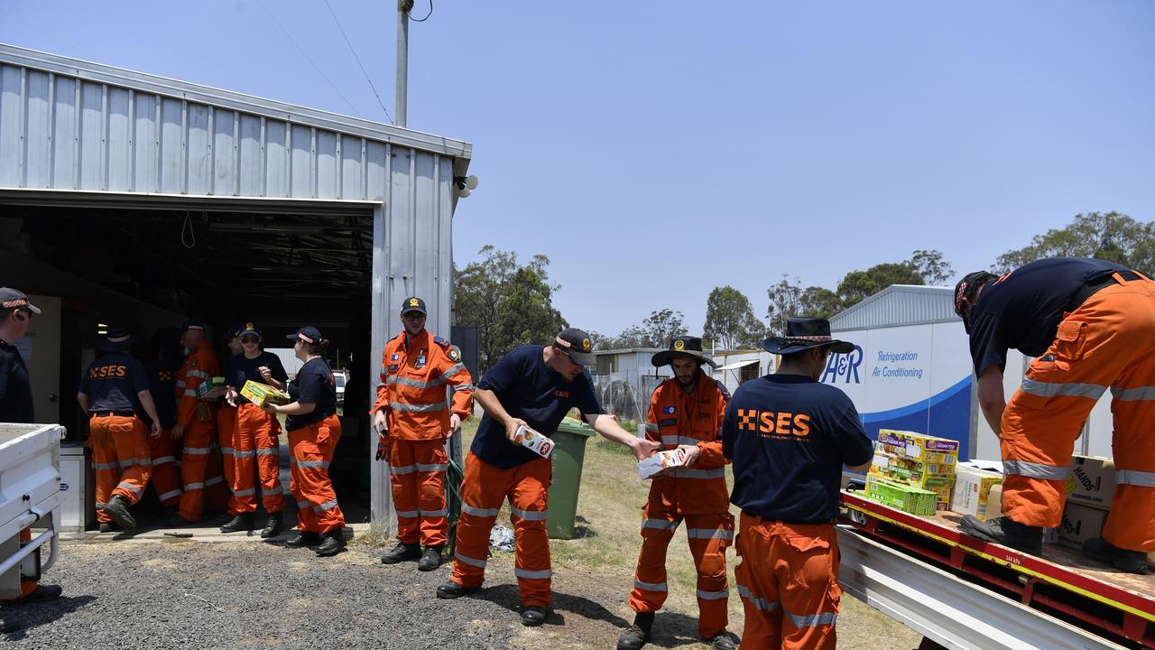 SES at work at a forward command post in Crows Nest during the fire emergency. Picture: Kevin Farmer