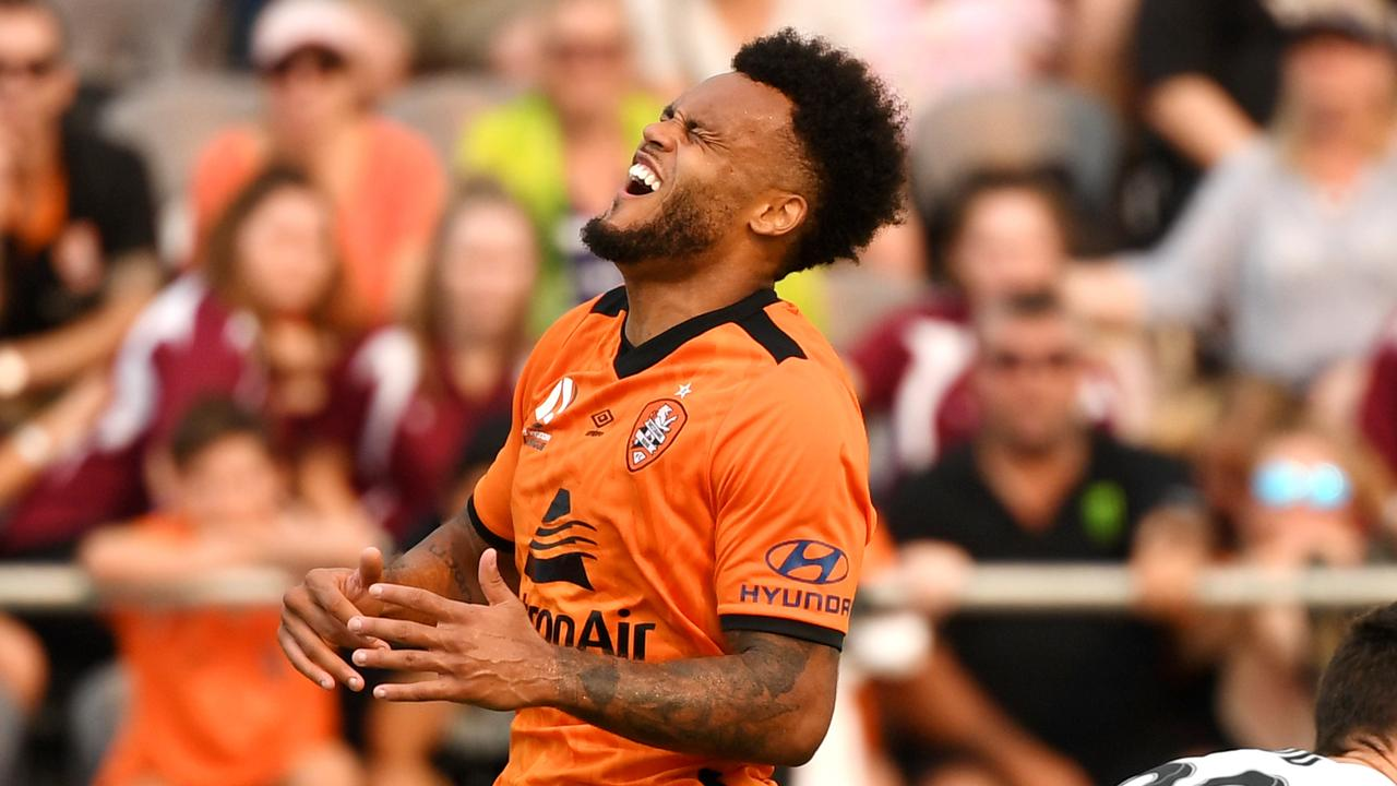 Aaron Amadi-Holloway of the Roar (left) reacts after losing the ball during the Round 6 A-League match between Brisbane Roar and Melbourne City at Dolphin Stadium in Brisbane, Sunday, November 17, 2019. (AAP Image/Dan Peled) NO ARCHIVING, EDITORIAL USE ONLY