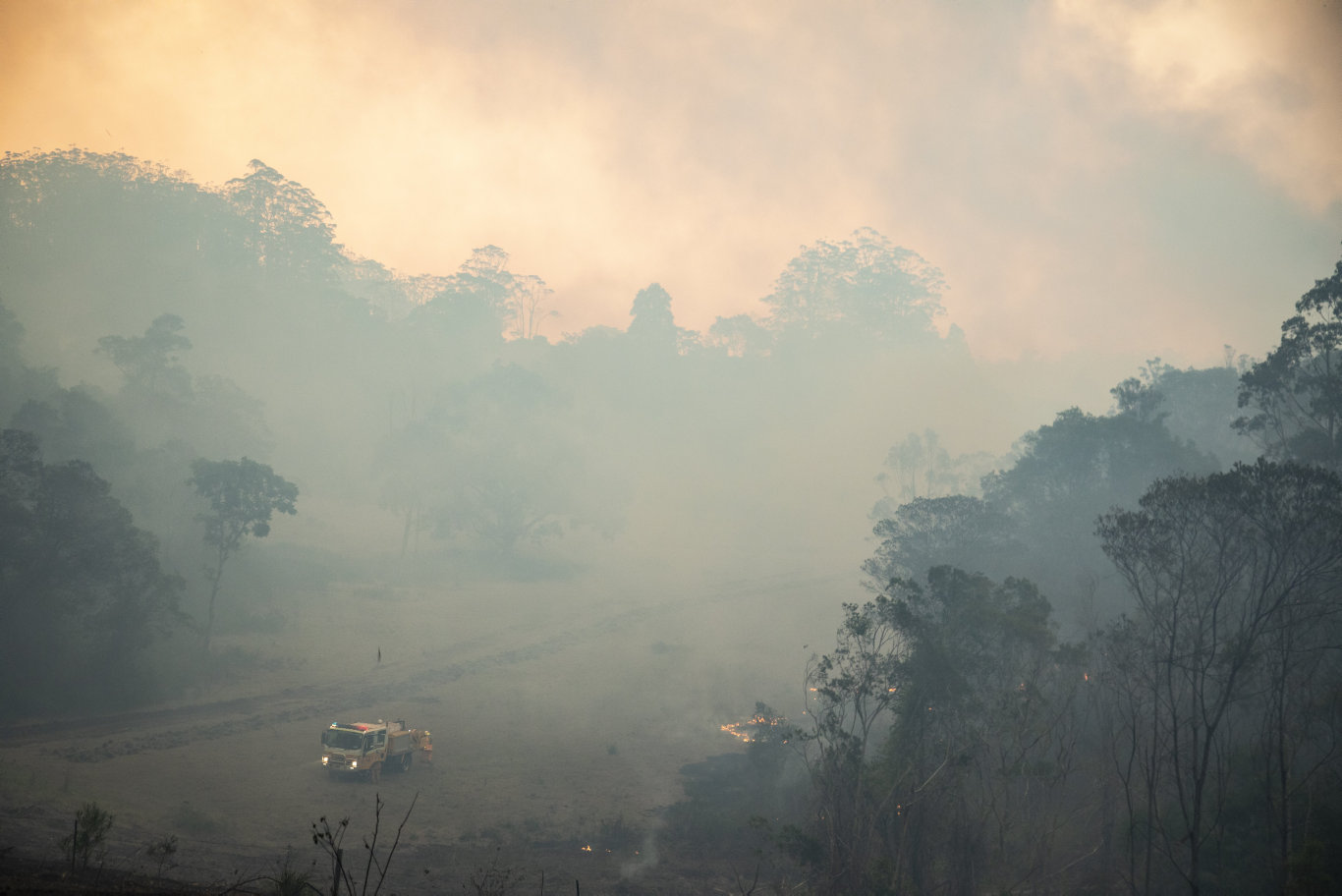 Queensland Fire and Emergency Services capture scenes from the Pechey bushfire.